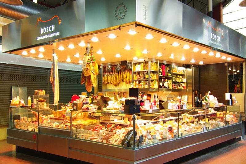 Portaprecios en las carnicerías de Xarcuteries Bosch