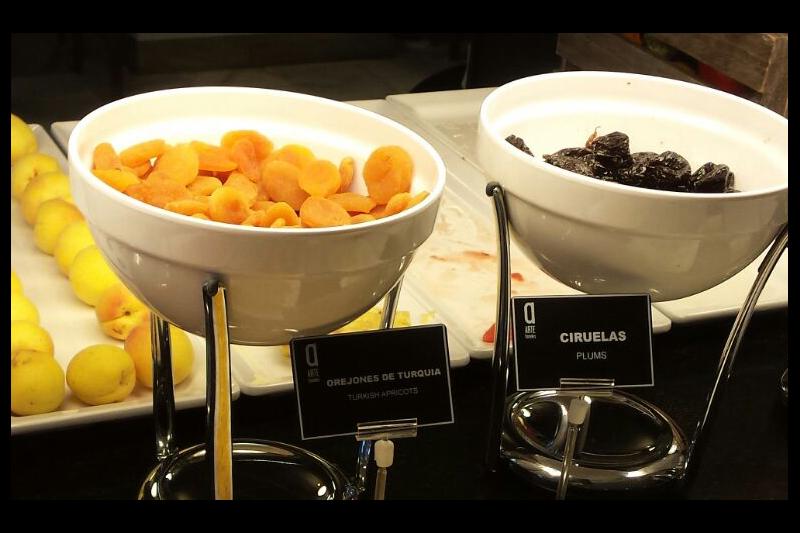 Etiquetado de productos en el buffet de Arte Hoteles